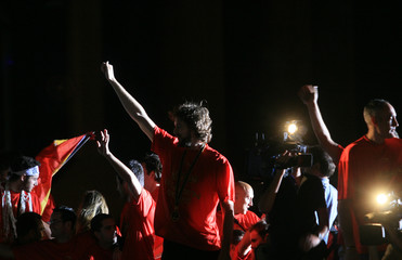 Spain's basketball player Pau Gasol acknowledges applause from fans during welcoming ceremony in Madrid