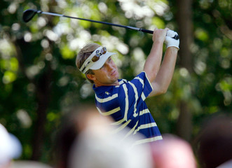 David Toms tees off on 3 during the third day of practice for the 88th PGA Championship in Medinah