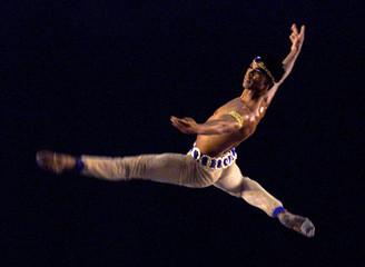 CUBAN BALLET STAR ACOSTA PERFORMS DURING HAVANA FESTIVAL.