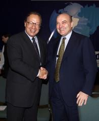 BRAZILIAN ECONOMY MINISTER MALAN MEETS COUNTERPART ARGENTINE CAVALLO.