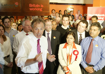 BRITAIN'S PM BLAIR GIVES AN ADDRESS AT A RESTAURANT IN THE WEST MIDLANDS.