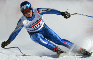 AMBROSI HOFFMANN OF SWITZERLAND TAKES A CURVE DURING MEN DOWNHILL ONTHE LAUBERHORN WORLD CUP ...