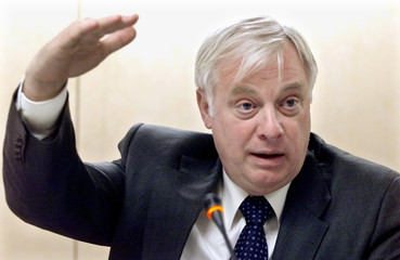 EU COMISIONER PATTEN GESTURES DURING A NEWS CONFERENCE IN MADRID.