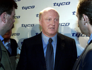 TYCO CHIEF KOZLOWSKI AFTER INVESTOR MEETING IN NEW YORK.