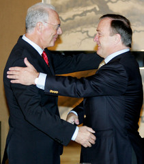 Beckenbauer, president of 2006 Soccer World Cup organizing committee, meets new South Korean soccer coach Advocaat in Seoul