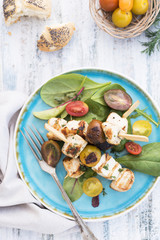 Chicken and halloumi skewers