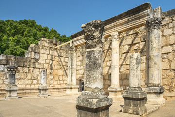 Photo sur Aluminium Pays d Europe remains of Capernaum synagogue on the Sea of Galilee, Capernaum, Israel
