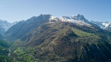 Village de Vallouise / Hautes- Alpes les écrins