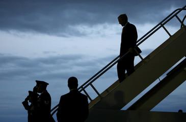 President Bush arrives in Colorado Springs