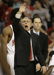 Maryland head coach Gary Williams yells to players during game against Miami in the first round of the ACC college basketball championship in Tampa