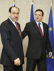 Iraq's Prime Minister Nuri al-Maliki is welcomed by EC President Barroso in Brussels