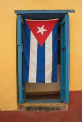 Deurstickers Havana cuban flag at window
