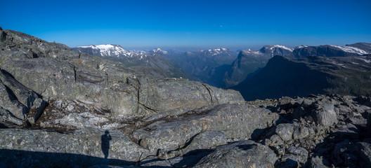 mit dem Wohnmobil durch Norwegen - Blick auf den Geirangerfjord von Dalsnibba aus