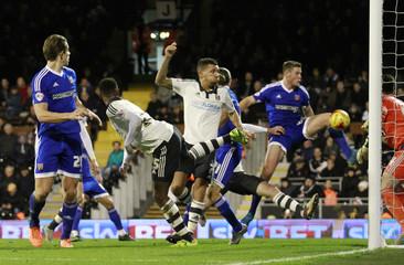 Fulham v Brentford - Sky Bet Football League Championship