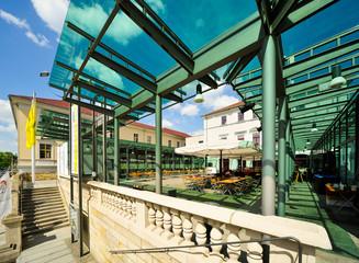 Staatsschauspiel Dresden, Kleines Haus, mit Glas überdacht Vorhof Cafe Bistro Kantine Klara, Dresde, Sachsen, Europa, Deutschland