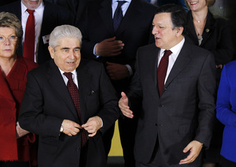 European Commission President Barroso and Cyprus' President Christofias pose for a family photo in Brussels