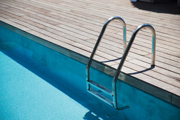outdoor swimming pool ladder