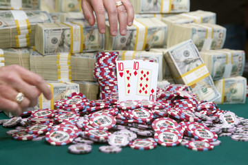 Martin Jacobson's winning hand is displayed during the 2014 World Series of Poker main event at the Rio hotel-casino in Las Vegas