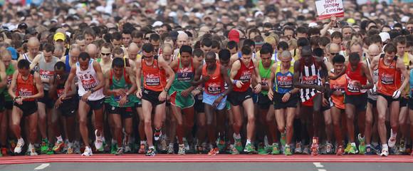 Participants start the race at the men's 2011 London Marathon