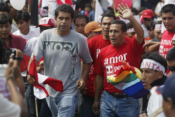 File photo of Peru's then-presidential candidate Ollanta Humala and campaign adviser Martin Belaunde Lossio at a rally in Tacna
