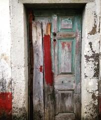 Vieja puerta de madera, Madeira, Portugal