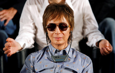 """US director Michael Cimino attends news conference for """"Chacun son Cinema"""" at 60th Cannes Film Festival"""
