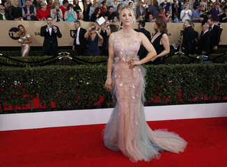 Kaley Cuoco arrives at the 23rd Screen Actors Guild Awards in Los Angeles