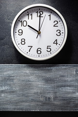 wall clock at black