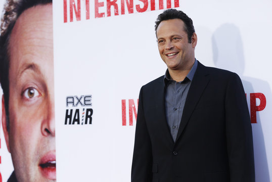 """Cast member Vaughn poses at the premiere of """"The Internship"""" in Los Angeles"""