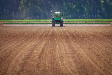 moderne Agrarwirtschaft großflächig sprühen Fotoväggar