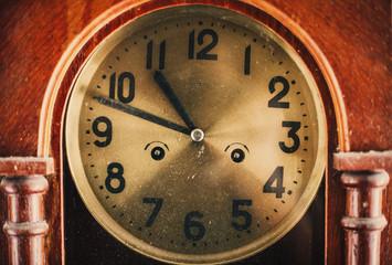 Papiers peints Affiche vintage Old vintage dusty clock