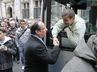 Hollande, Socialist Party candidate for the 2012 French presidential election, campaigns in Besancon