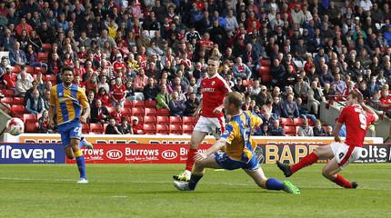 Barnsley v Shrewsbury Town - Sky Bet Football League One