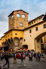 Le Corridor de Vasari sur le pont Vecchio à Florence