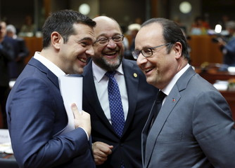 Greece's PM Tsipras, EU Parliament President Schulz and France's President Hollande attend an EU leaders summit in Brussels