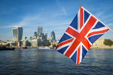 Resulta ng larawan para sa United Kingdom Flag and city