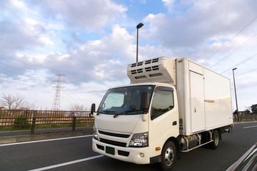 冷凍トラック