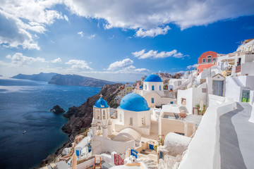 Poster de jardin Santorini Beautiful Oia village on Santorini island in Greece