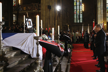 German President Wulff pays tribute during the state funeral of former Czech President Havel at Prague Castle's St. Vitus Cathedral