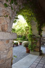 Printed roller blinds Garden Stone Archway