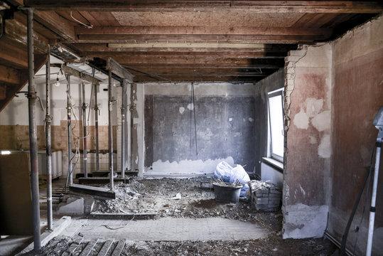 Sanierung * Wohnzimmer Kernsanierung3