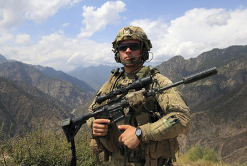 To accompany Picture Package -  9/11 : A SOLDIER'S VIEW