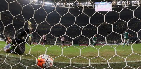 Football Soccer - Palmeiras v River Plate - Copa Libertadores