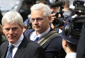 WikiLeaks founder Assange arrives at the High Court in London
