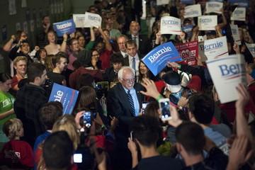 U.S. Democratic presidential candidate Bernie Sanders arrives at a debate watch event in support after the Democratic Presidential Debate in Moines, Iowa
