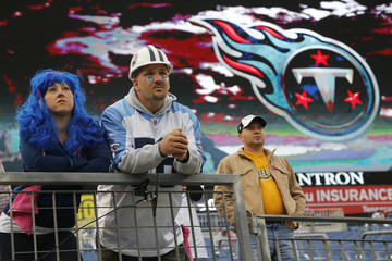 Liz and Chris Heath watch Tennessee Titans as they prepare to  play the Pittsburgh Steelers before kick off of their NFL football game in Nashville, Tennessee