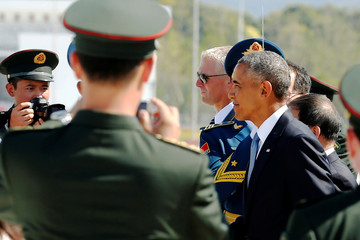 U.S. President Barack Obama arrives at Hangzhou Xiaoshan International Airport in Hangzhou