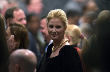 New York State Governor Andrew Cuomo's girlfriend and television personality Sandra Lee arrives before Cuomo delivered his fourth State of the State address from the New York State Capitol in Alban