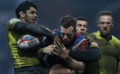 Wakefield Trinity's Matty Ashworth in action with Hull FC's Albert Kelly and subsequently suffered a concussion