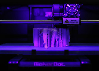MakerBot Replicator 2 desktop 3D printer creates Lincoln Memorial statue at media preview for GE Garages in Washington